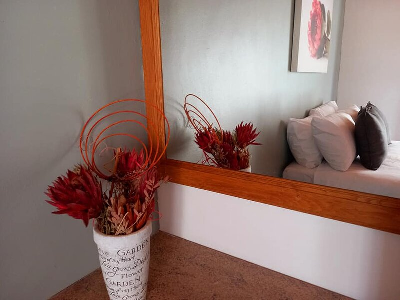 Mond Kleine Guesthouse, holiday rental in Pringle Bay