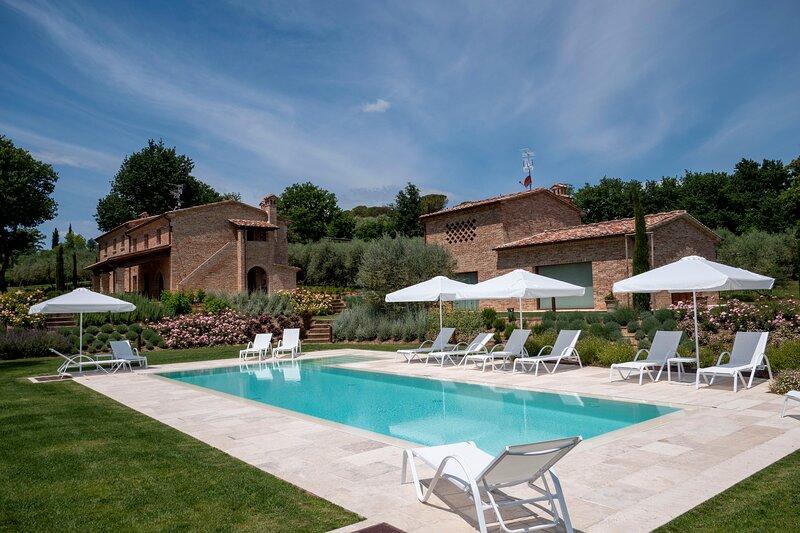 Fonte Ripa, villa con piscina e spa in Toscana, alquiler vacacional en Pozzo della Chiana