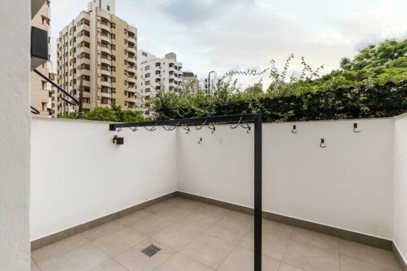 roomin #18 |ZEE|STD sofisticado próximo à Beira Mar, location de vacances à Sao Jose