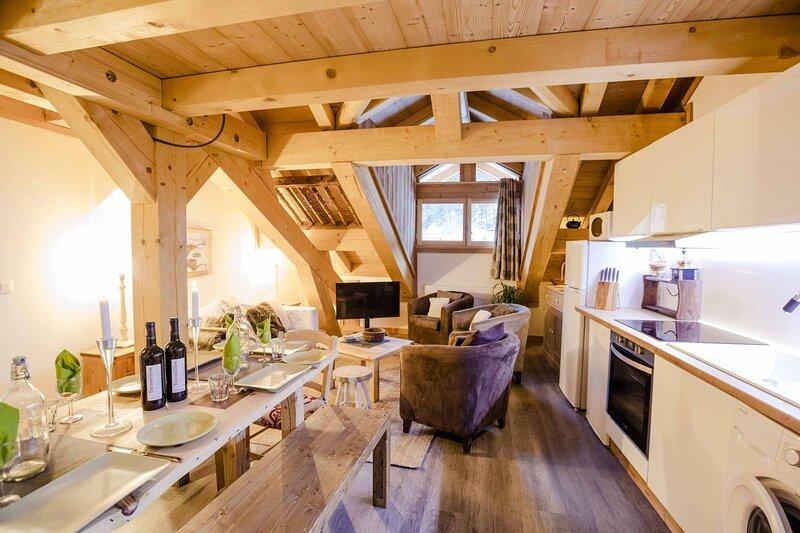 Apartment Ella, holiday rental in Val-des-Pres