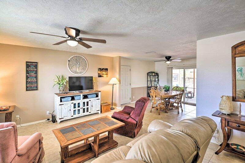 NEW! Lake Havasu City Home <1 Mi to London Bridge!, holiday rental in Lake Havasu City