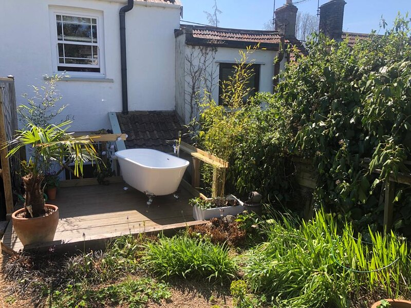 Bath Tub Cottage - a lovely cottage in the heart of Cheddar, holiday rental in Butcombe