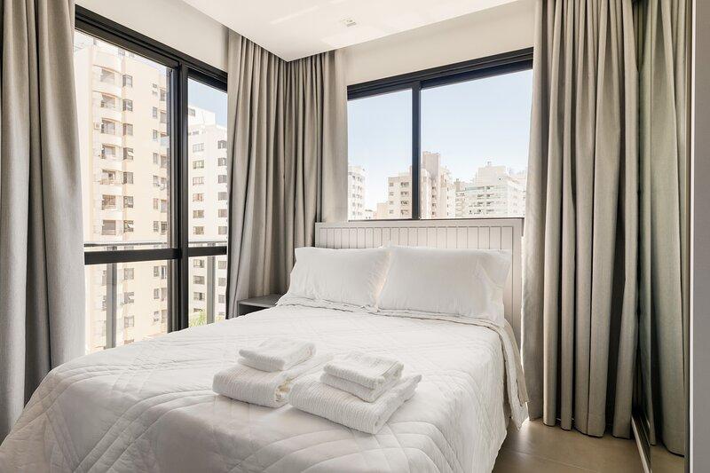 roomin | Studio moderno próximo a Beira Mar, location de vacances à Sao Jose
