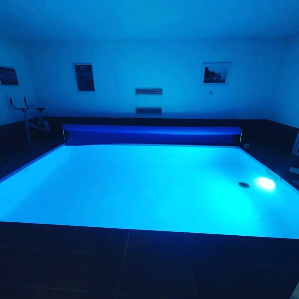Big villa with swimming-pool & Wifi, holiday rental in Mirabel-et-Blacons