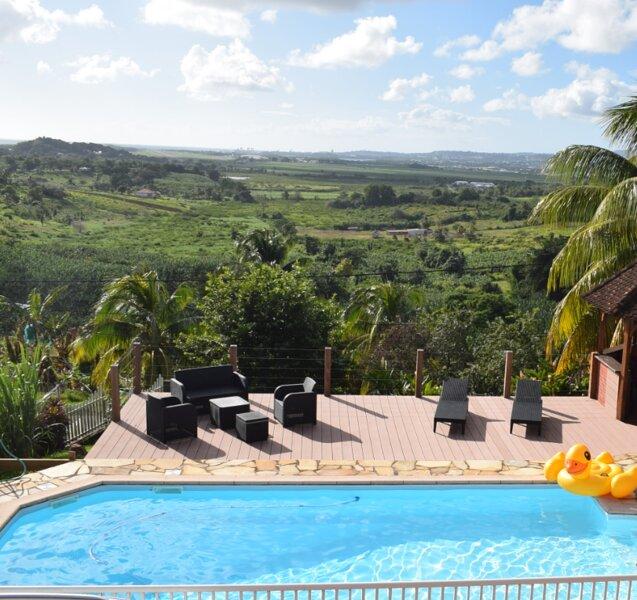 Big villa with swimming-pool & Wifi, alquiler vacacional en Ducos