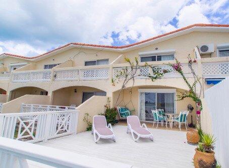 Villa 403D - Seatons, location de vacances à Saint Mary Parish