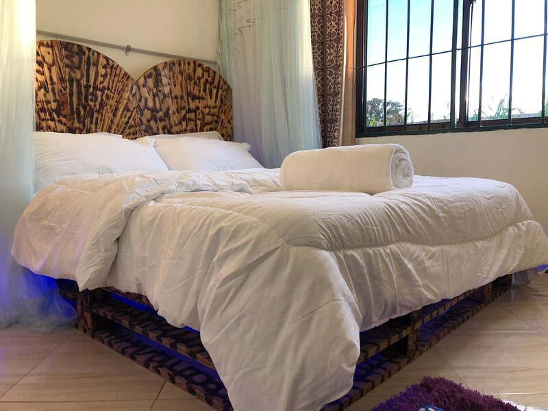 SemaTena Arusha Hostel, vacation rental in Arusha