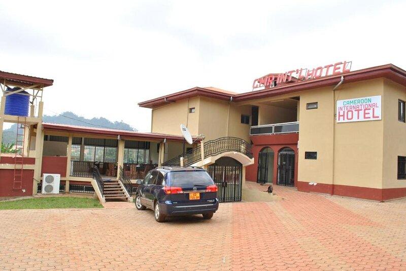 FURNISHED ONE BEDROOM APARTMENT, alquiler de vacaciones en Yaounde