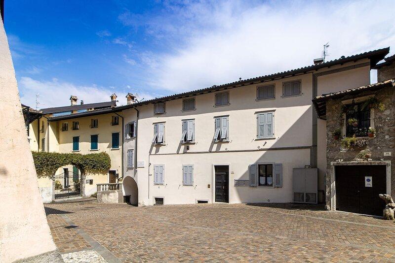 Casa Riva - Bilocale a Riva del Garda, alquiler vacacional en Riva Del Garda