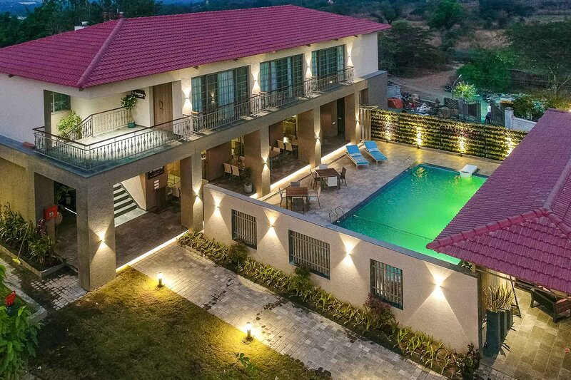 Mayfair Villa by Vista Rooms, holiday rental in Lavasa