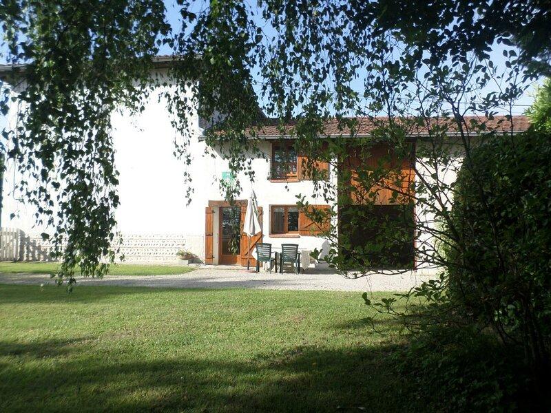 Gîte du Mas Corbier, holiday rental in Saint-Martin-du-Mont