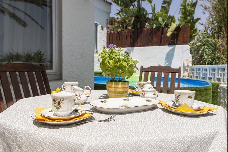 Dey house terrace and barbecue, location de vacances à Piletillas