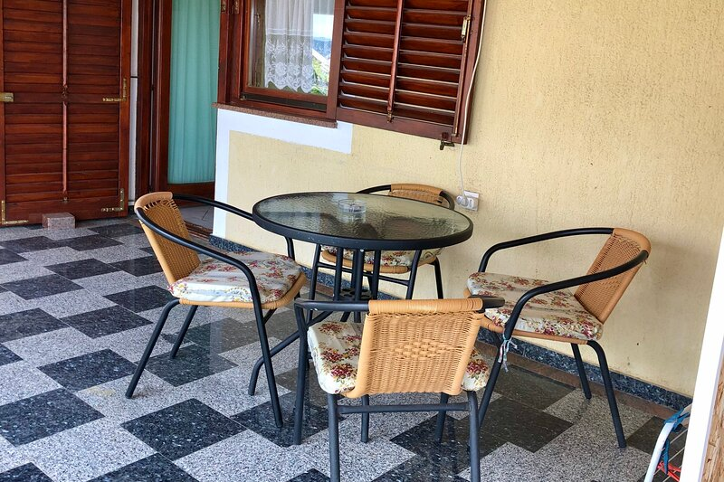 Green Apartment Maslenica, vacation rental in Jasenice