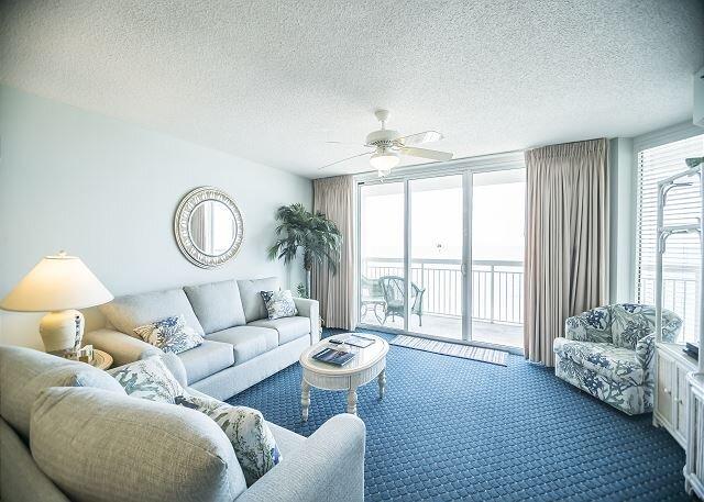 Luxury oceanfront condo - Indoor/Outdoor Pools+ FREE DAILY ACTIVITIES!, holiday rental in North Myrtle Beach