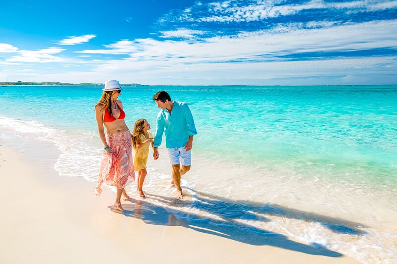 Walk to the Beach at Sunny Isles, vacation rental in North Miami Beach