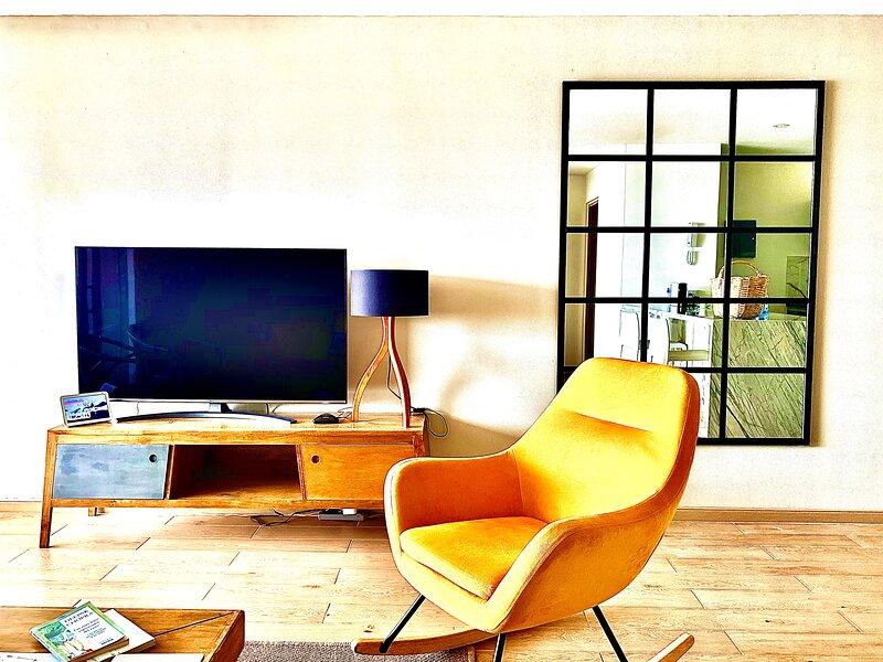 Magnificent Views Apartment in Granada, location de vacances à Cali