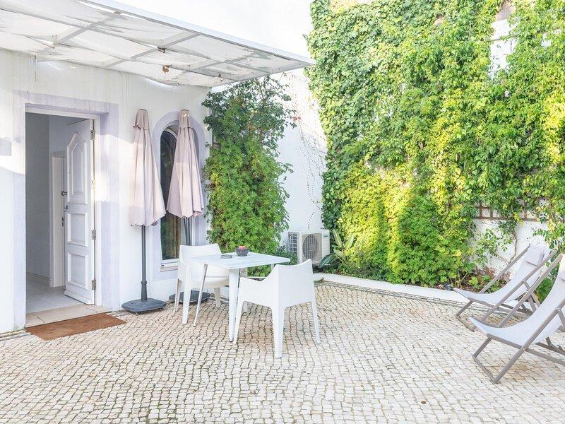 Apartment with private terrace Algarve by Lightbooking, alquiler de vacaciones en Vila Nova de Cacela