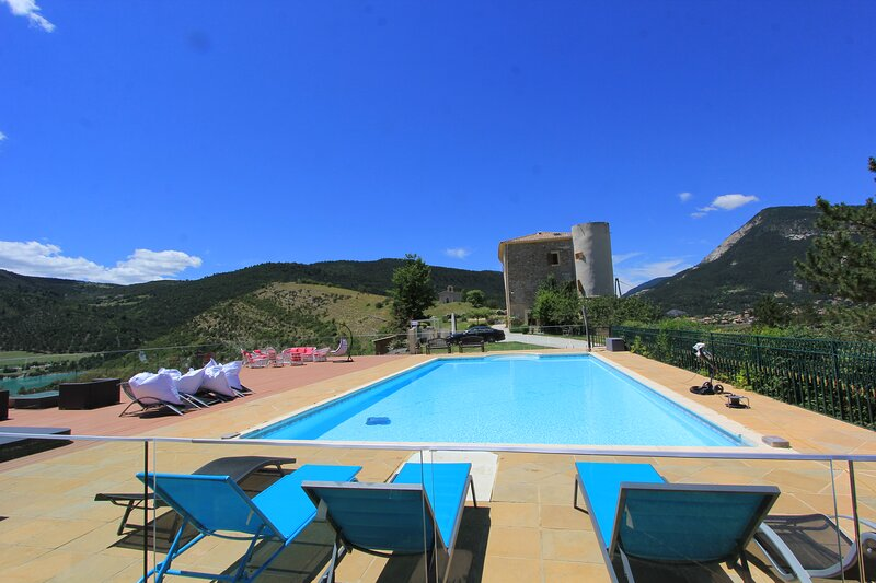 Chateau de Meouilles, holiday rental in Thorame-Basse