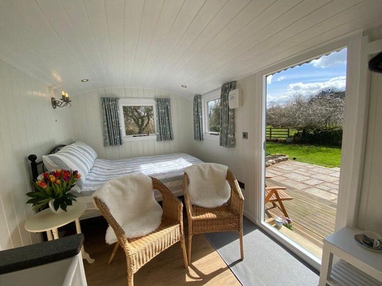 East Witton Shepherds Hut, holiday rental in Spennithorne