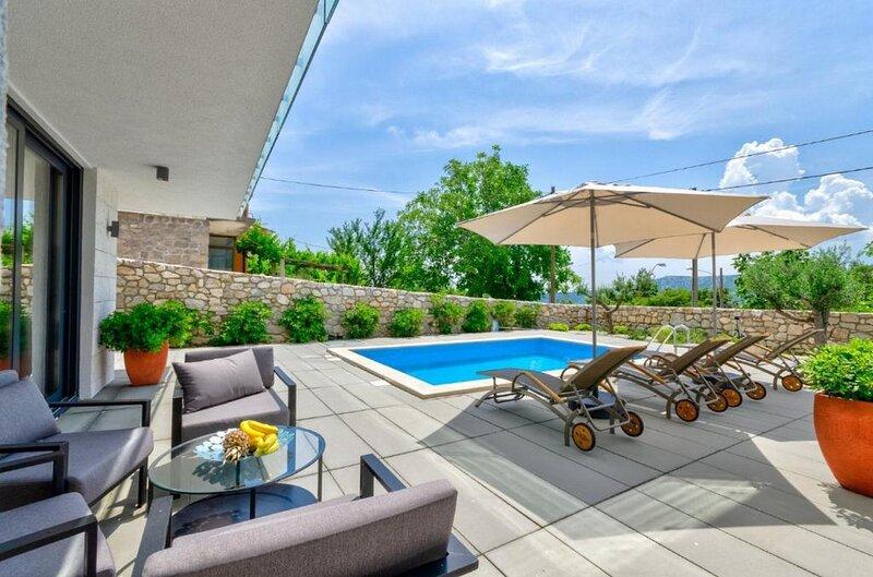 Villa Agata, holiday rental in Lic