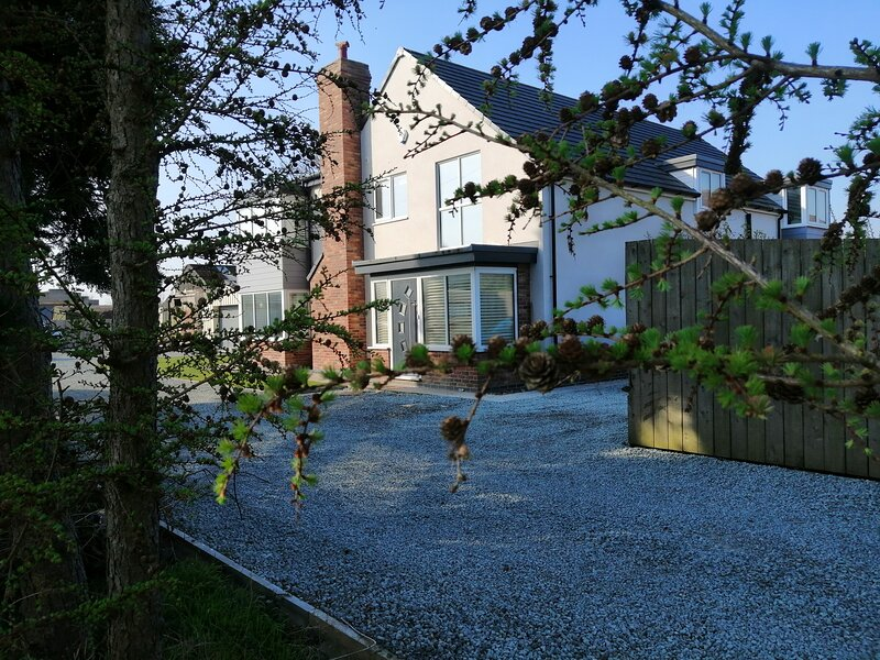 Large 5 Bedroom House in the heart of Yorkshire, location de vacances à Ellerker