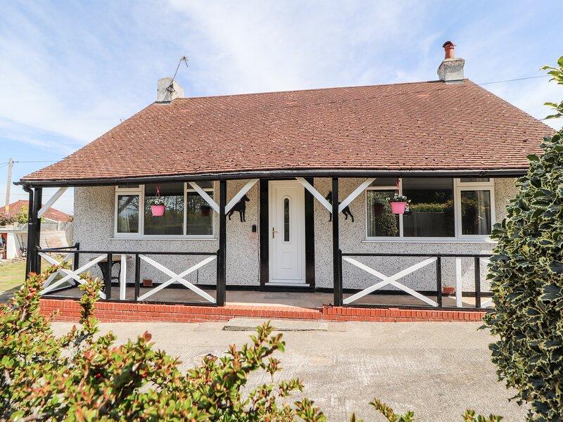 Bryn Hyfryd, Prestatyn, holiday rental in Axton