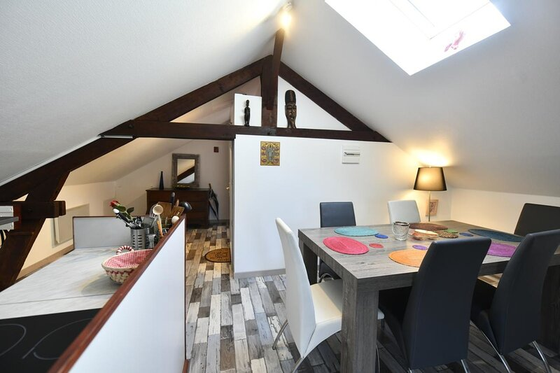Gite Anges de Taize - Private apartment, holiday rental in La Vineuse