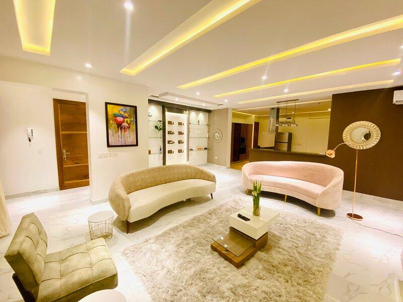 Shortlethomes- Cappuccino Lounge, aluguéis de temporada em Lekki