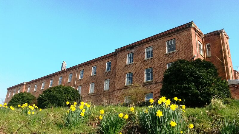 Wales Ashram Self-catering Vegetarian Apartments, alquiler de vacaciones en Chirbury