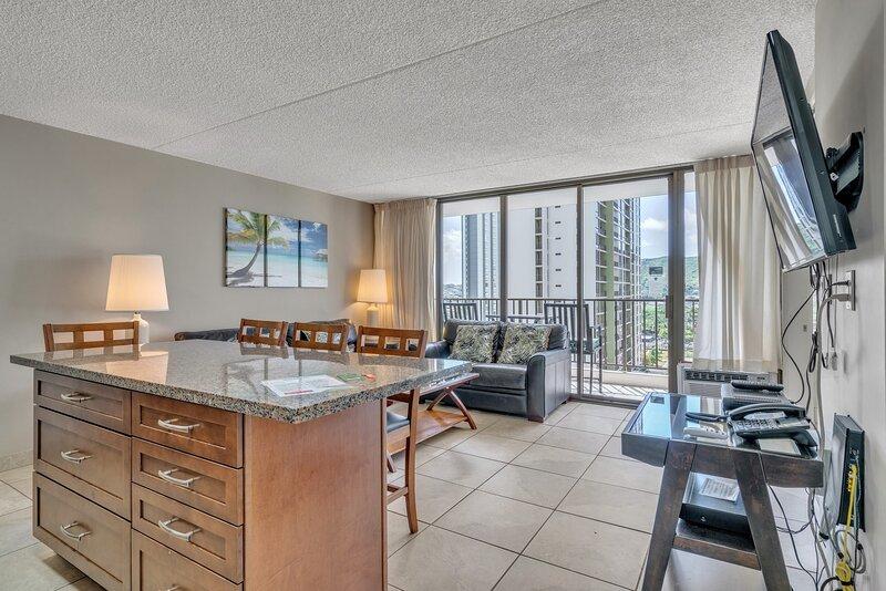 Flooring,Indoors,Room,Building,Living Room