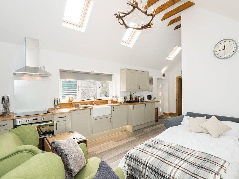 2 Wee Kalf - UK7114, vacation rental in Archiestown