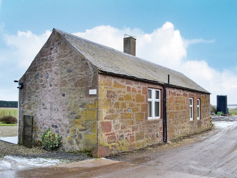 Steading Cottage, holiday rental in Glamis
