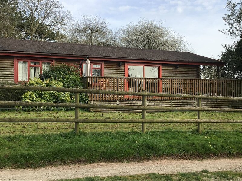 Dawn Valley Lodge, vacation rental in Cleobury Mortimer
