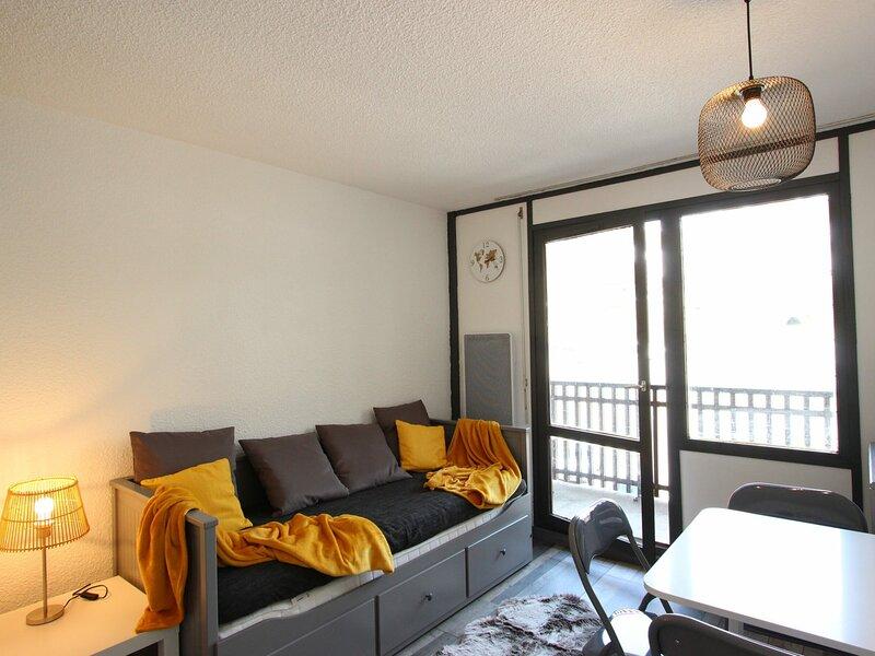 Studio 3-4 personnes rénové, belle vue pistes, alquiler de vacaciones en Saint-Martin-d'Uriage