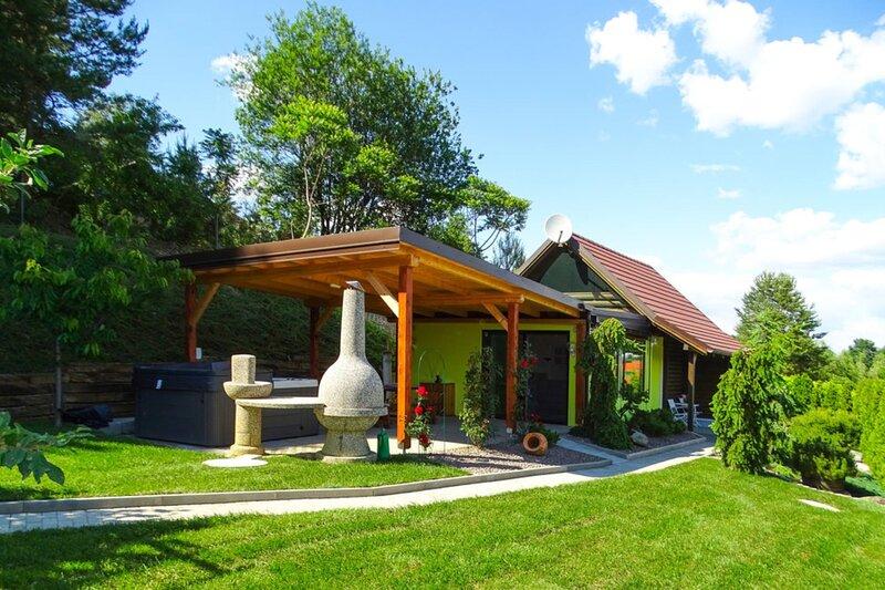 Ladybug House, vacation rental in Magyarszombatfa