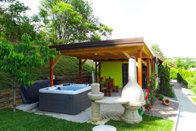 Ladybug House, location de vacances à Magyarszombatfa