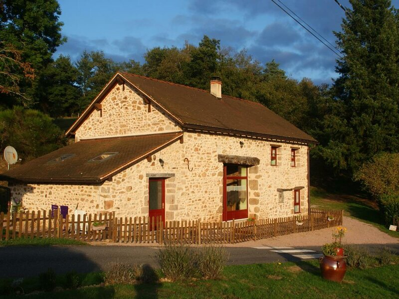 Le Moulin de Bussolles, location de vacances à Lapalisse