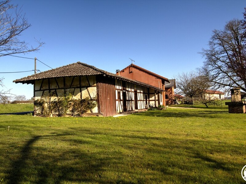 Bois Rouget, holiday rental in Saint-Benigne