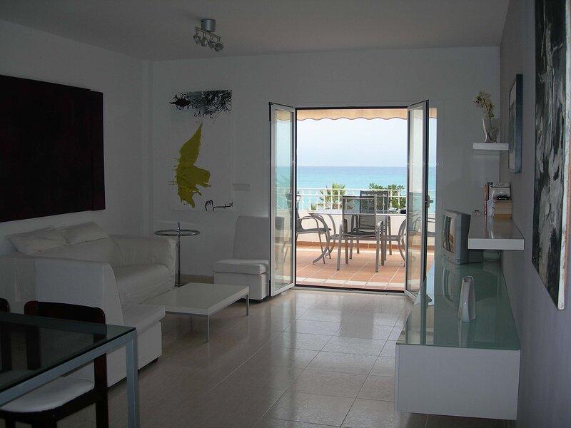 Apartment for rent, Mojacar Playa.- Bajos del Bancal, holiday rental in Playa Macenas