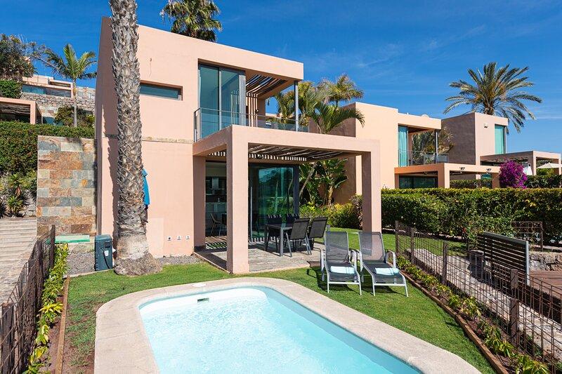 Villa with private pool Salobre Villas Lagos III, location de vacances à Montana La Data