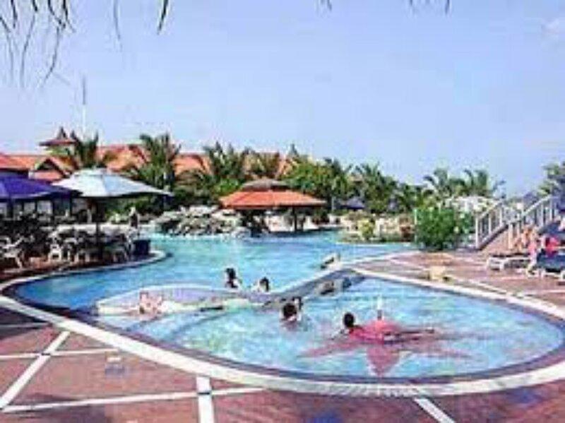 Rising Phoenix Magic Beach, vacation rental in Odorkor