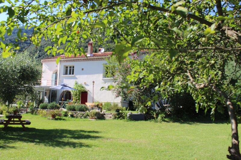 Location nuitée Chambre Laurier dans maison d'hôtes, location de vacances à Corsavy