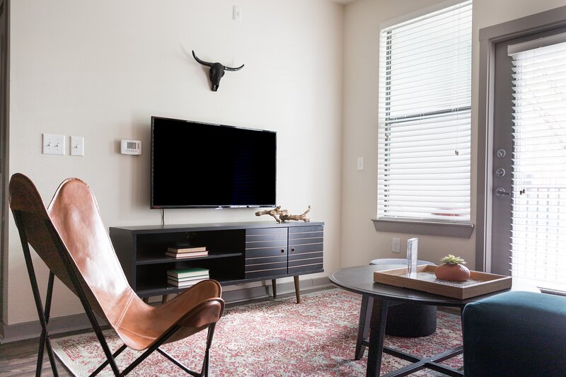 WanderJaunt | Reeves | 1BR | Alamo Heights, holiday rental in Castle Hills