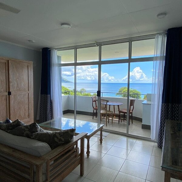 Beauvallon Studios Seychelles, holiday rental in Bel Ombre