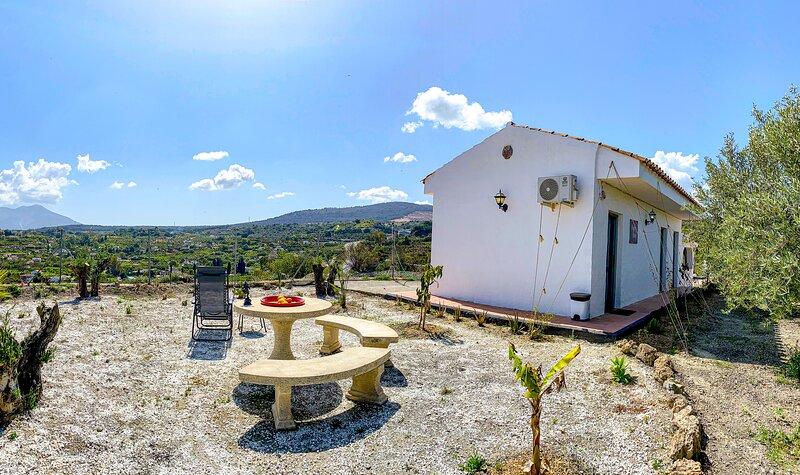 Casita rural de Tamara, holiday rental in Monda