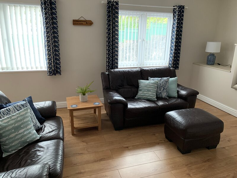 NEW FOR 2021 - Apartment in Saundersfoot village centre, vacation rental in Saundersfoot