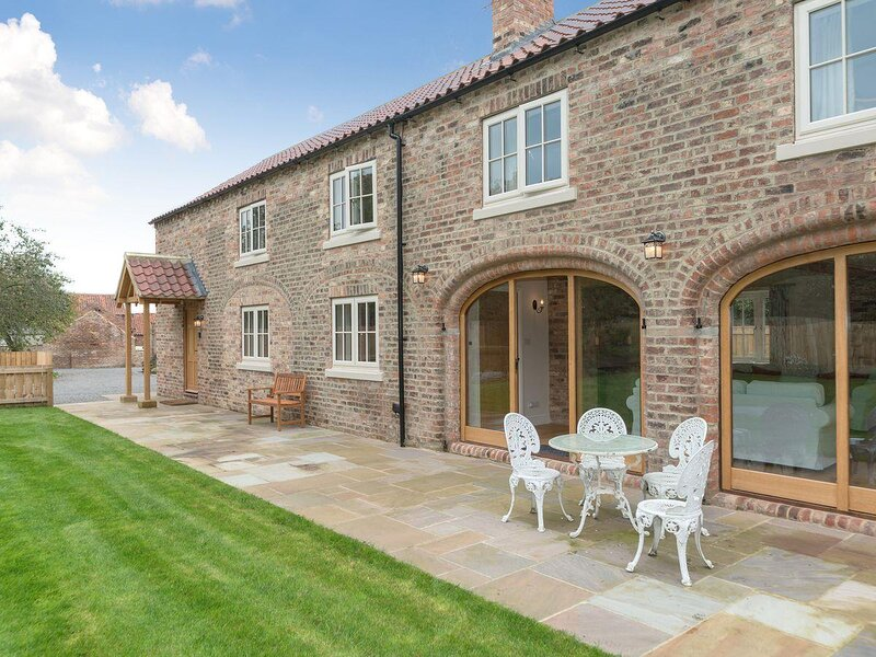 White Lodge Cottage, holiday rental in Ainderby Quernhow