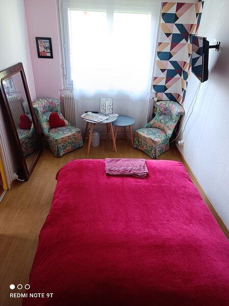 Chambre chez l'Habitant à Bar Le Duc, holiday rental in Eclaron-Braucourt-Sainte-Liviere