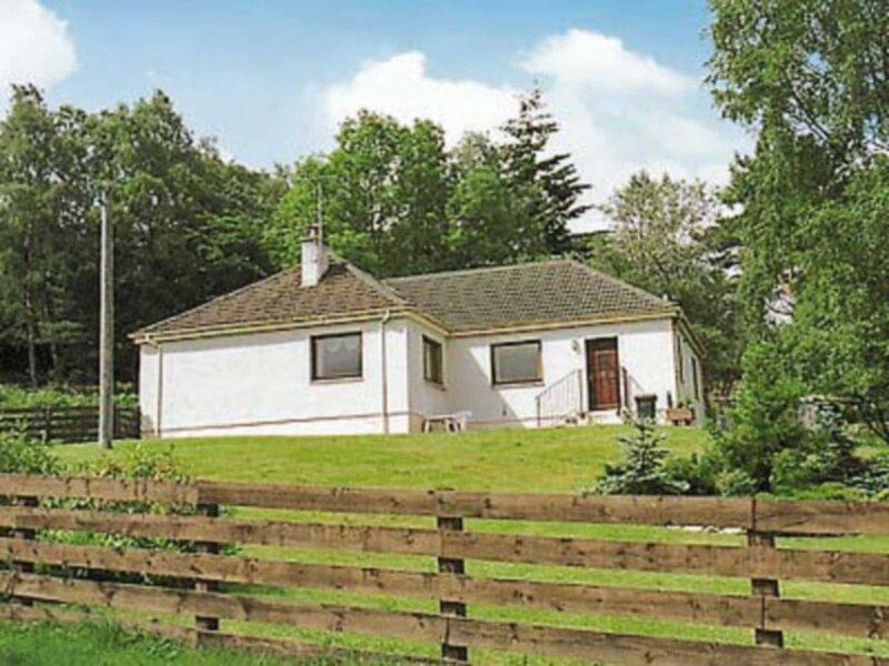 Holly Cottage, vacation rental in Achlunachan