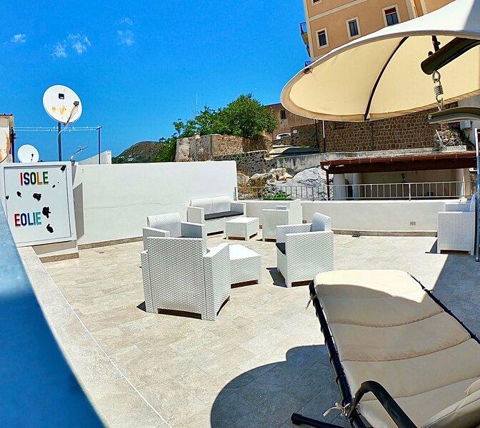Casa Vacanze 'Sweet Life' - Nacatula, holiday rental in Santa Margherita